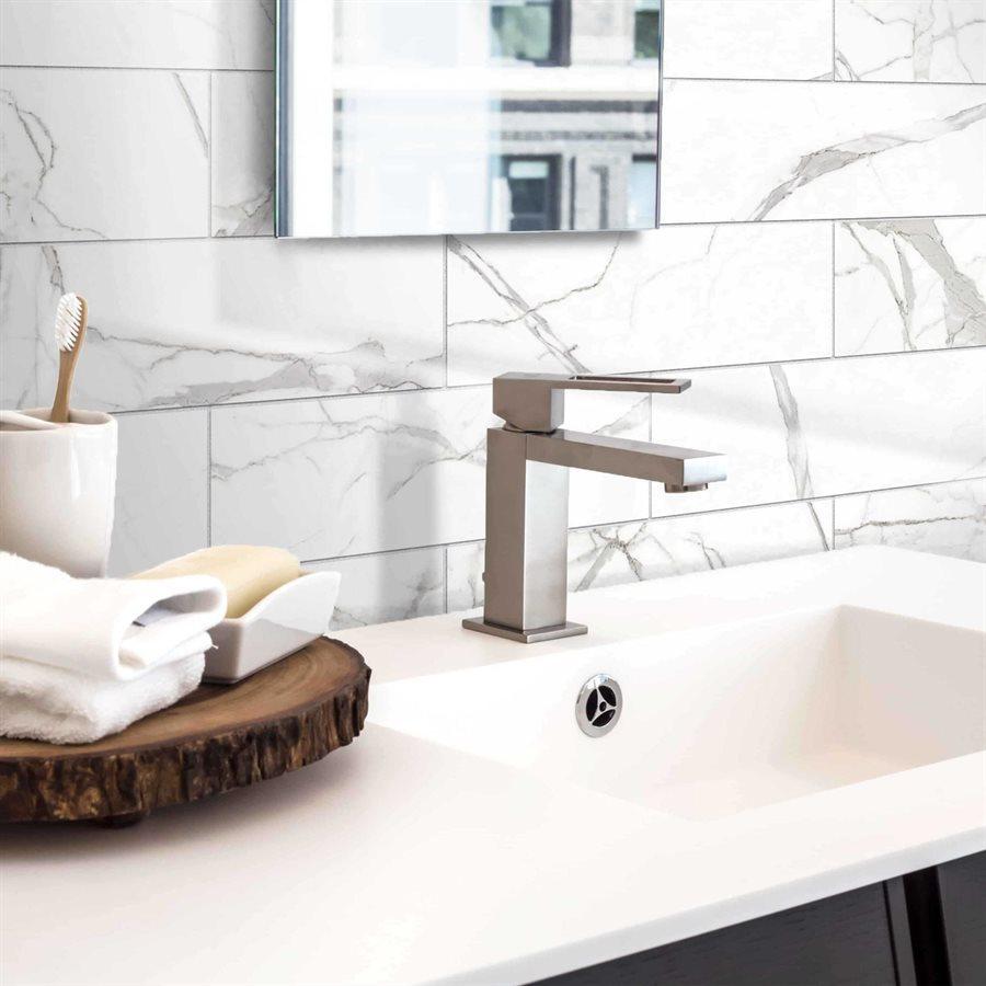 tuiles effet marbre salle de bain serie glamour