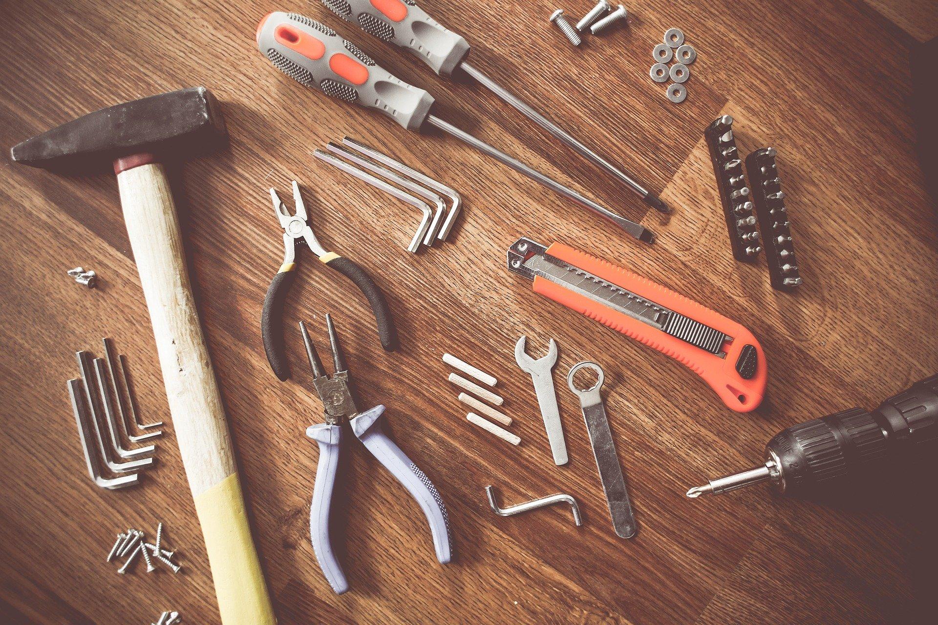 outils pour faire travaux de renovation soi meme